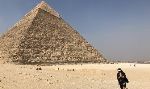 ギザのクフ王のピラミッド