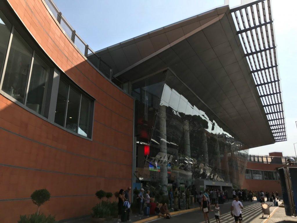 ナポリ国際空港