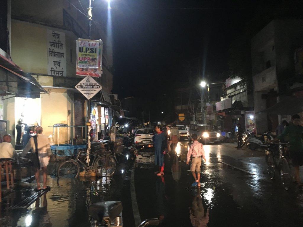 水浸しの街