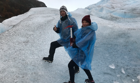 氷河トレッキング