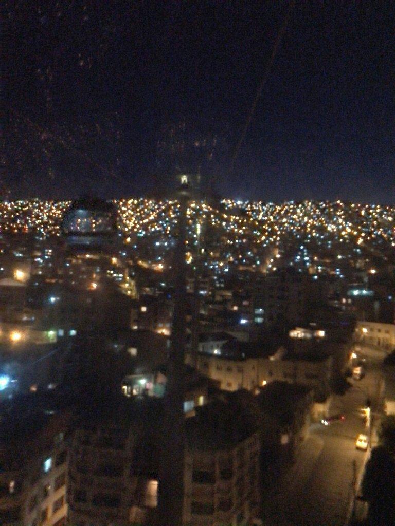 ケーブルカーの夜景